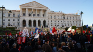 November_2011_Austerity_Protest_in_Lisbon,_Portugal