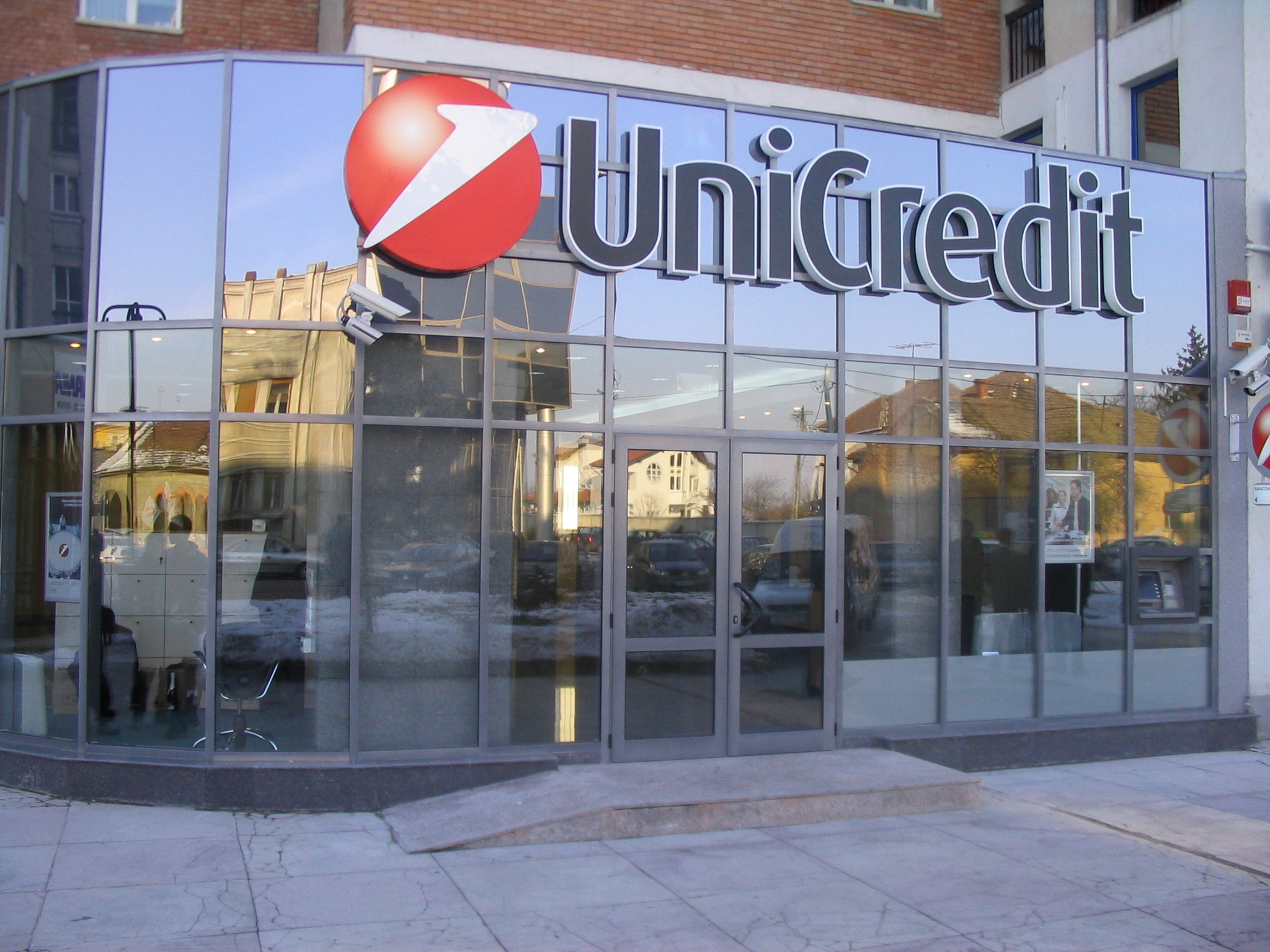 buyback-unicredit-jpeg-crop_display