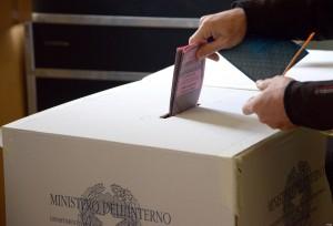 CROLLANO I VOTANTI ALLE COMUNALI, A ROMA IL 5% IN MENO