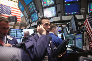 Wall Street Struggles To Gain Back Ground After Major Losses