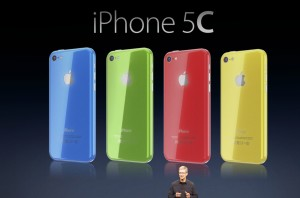 Tim-Cook-iPhone-5C-Apple