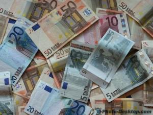 sfondo-banconote-euro-soldi-pdi-42