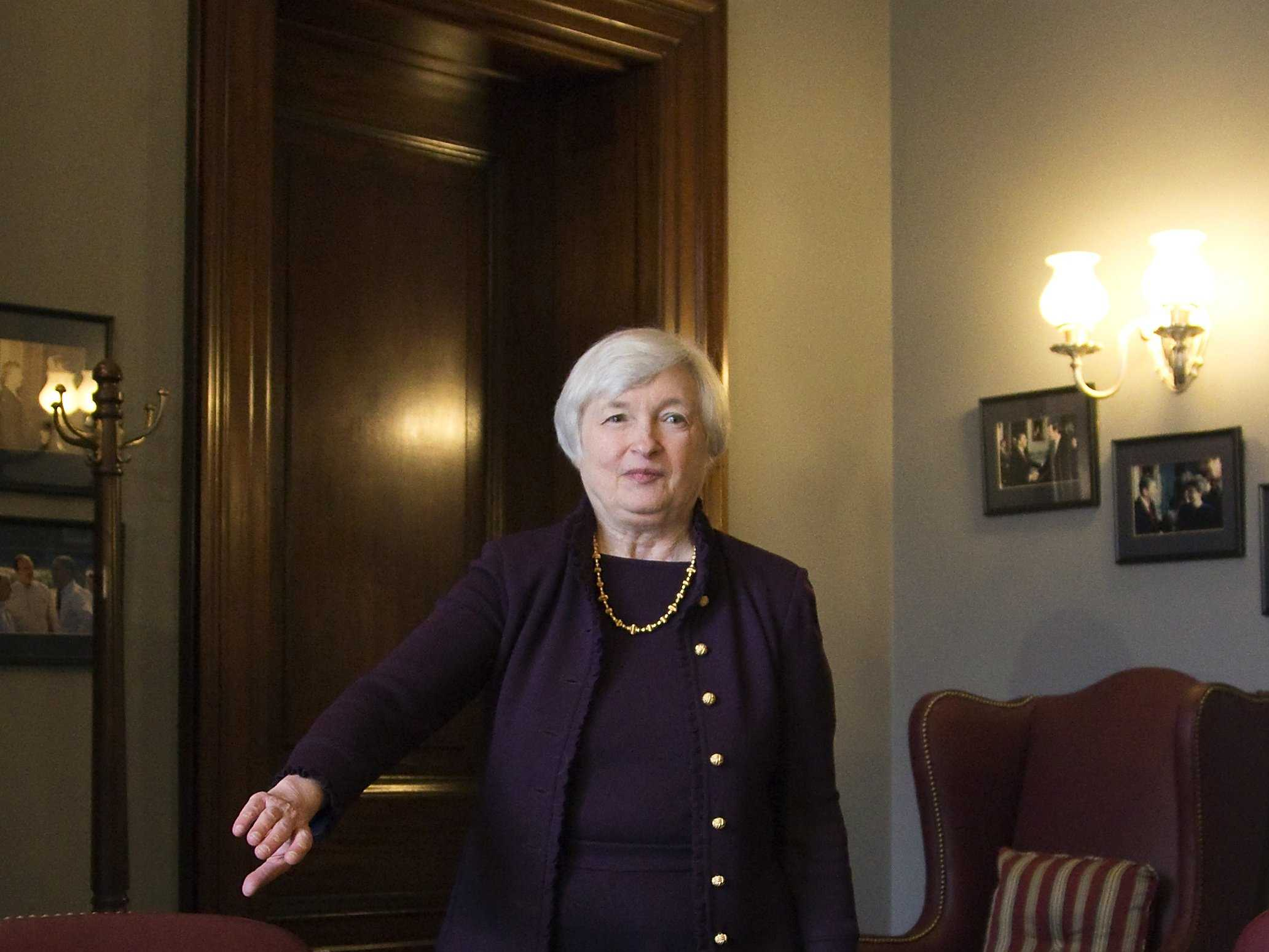 yellen-fed-expected-to-trim-bond-buying-rewrite-rates-guidance