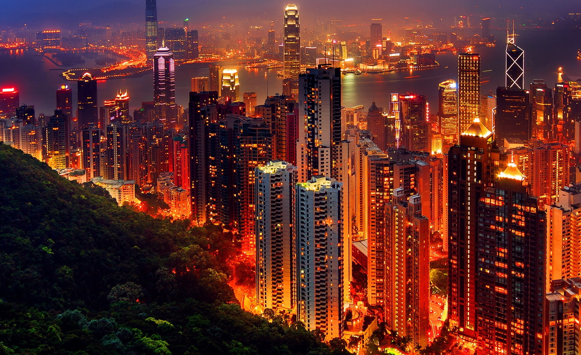 china-hong-kong-night-e1404851718392