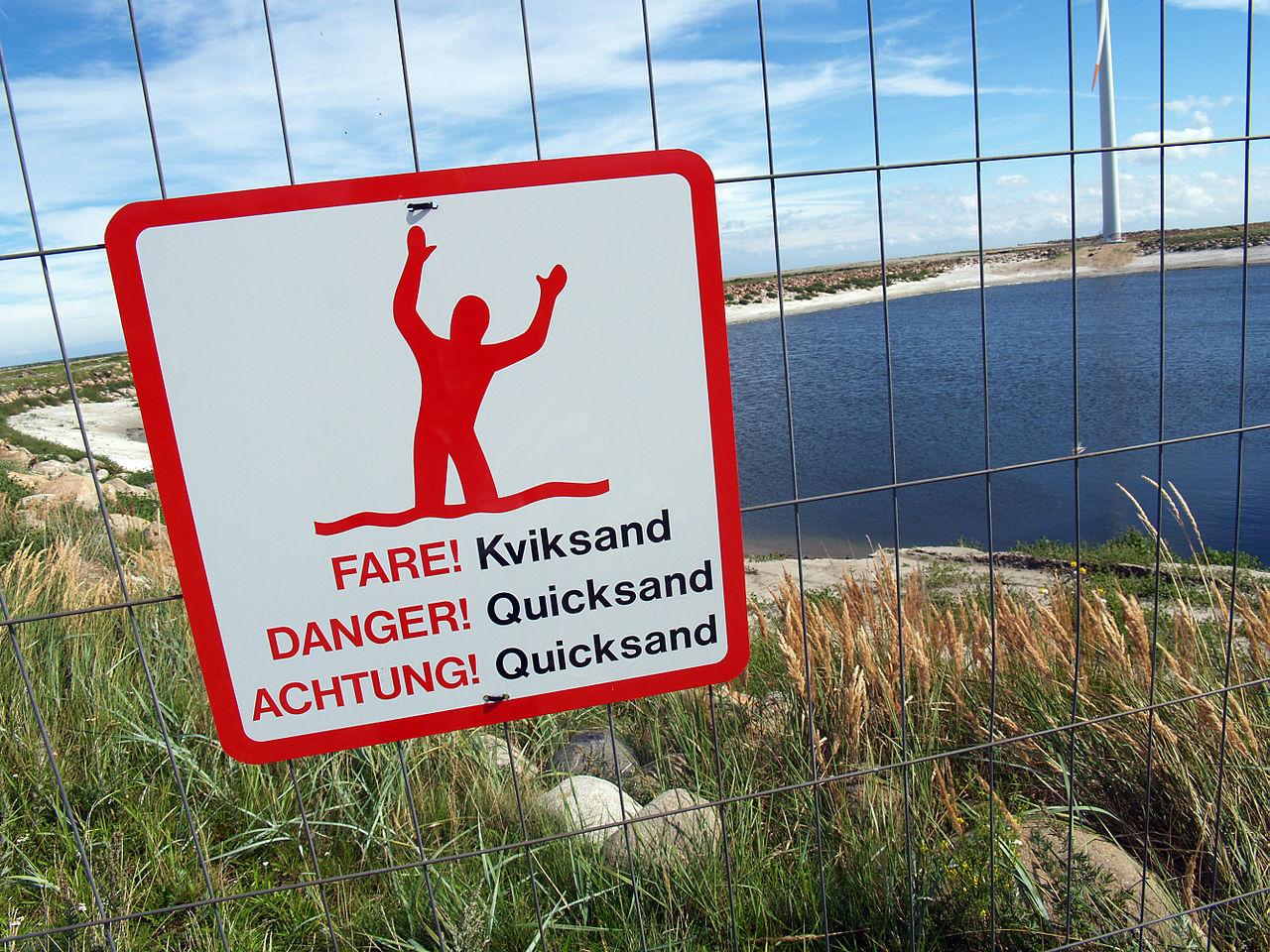 1280px-Quicksand-warning-sign-denmark-2010