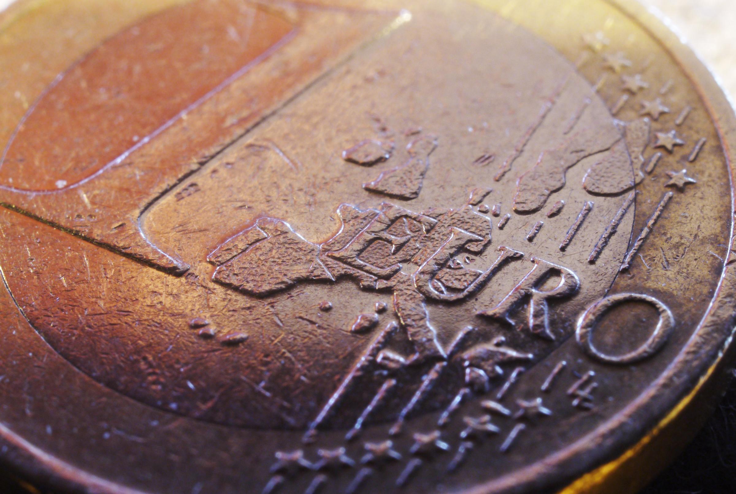 1416216818-euro-moneta-coin