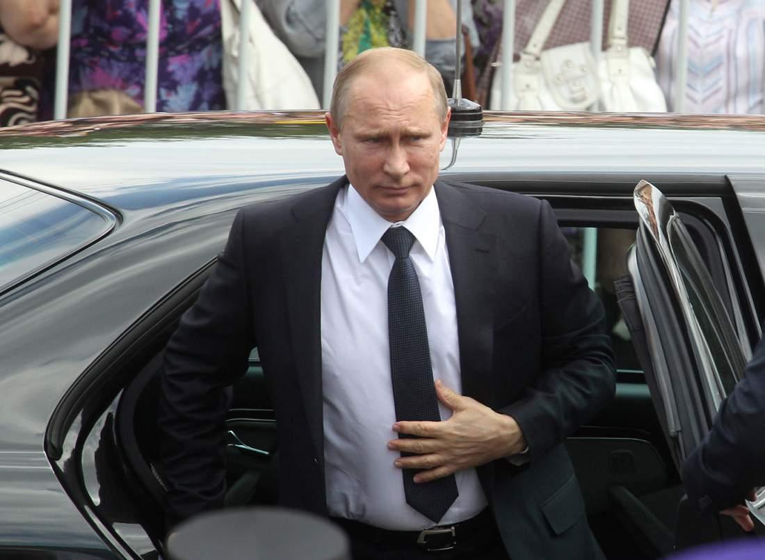 Russian President Vladimir Putin visits the Trinity lavra of St.Sergius