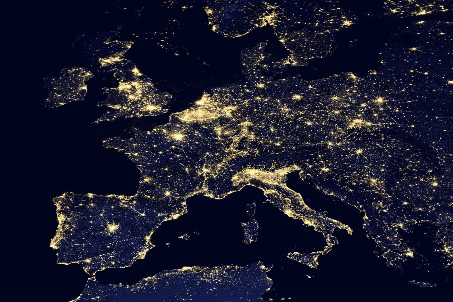 europe-at-night-from-space-nasa-zombie-population-map-europe