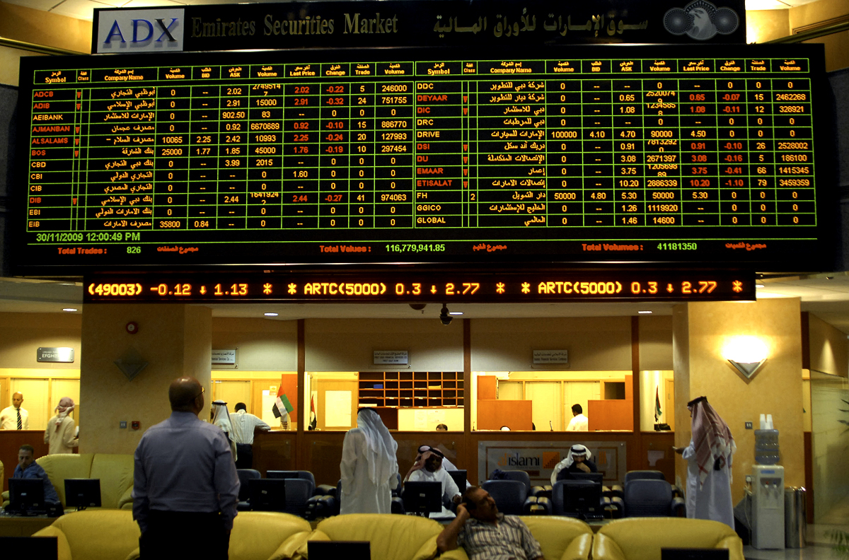 Investors follow the market's movement o