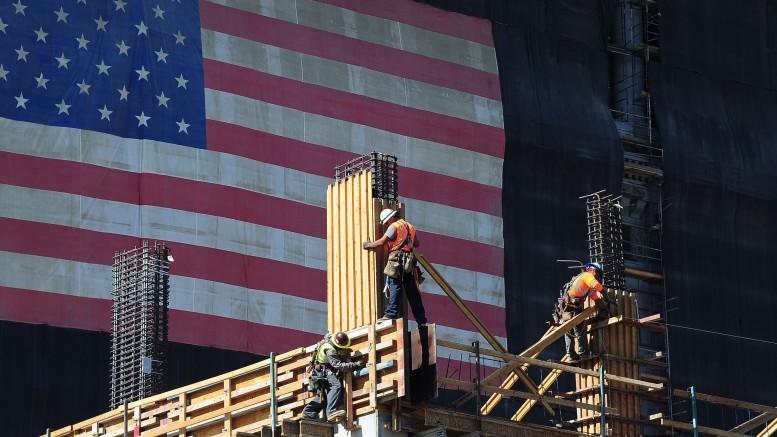 US-ECONOMY-CALIFORNIA-WAGE